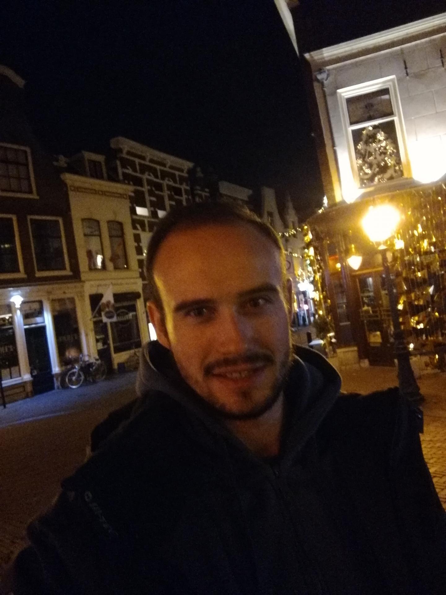Broody uit Zuid-Holland,Nederland